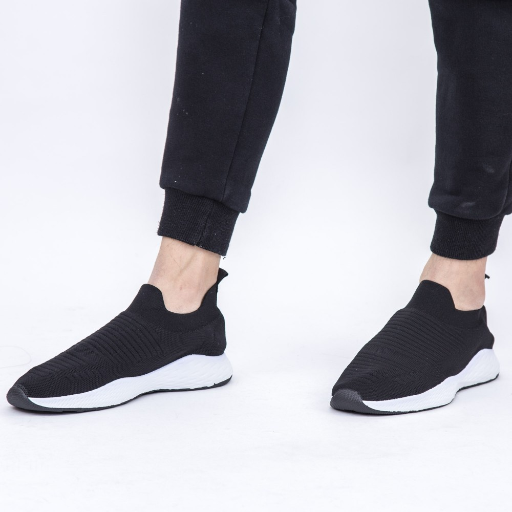 Pantofi Sport Barbati YKQ57 Black (K24) Mei